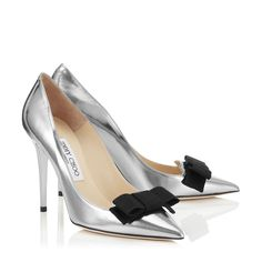 Silver Mirror Leather Pointy Toe Pumps with Grosgrain Bow | Daydel | Cruise 15 | JIMMY CHOO Shoes