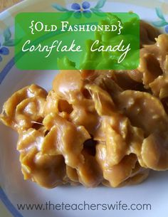 (Old Fashioned) Cornflake Candy This recipe comes from my mother-in-law and it is delicious. This old fashioned cornflake candy will be be gone fast, so enjoy it while you can. Cereal Recipes, Candy Recipes, Cookie Recipes, Dessert Recipes, Yummy Treats, Delicious Desserts, Sweet Treats, Yummy Food, Holiday Baking