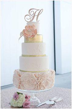 Pastel de bodas   bodatotal.com   wedding ideas, wedding cake, bride, boda, novia #weddingcakes