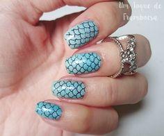 Nail art sereia. Mermaid nail art.