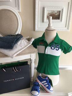 Mein Orig. Tommy Hilfiger Poloshirt Gr.12-18 Monate von Tommy Hilfiger! Größe 80 für 15,00 €. Schau´s dir an: http://www.mamikreisel.de/kleidung-fur-jungs/poloshirts/41826301-orig-tommy-hilfiger-poloshirt-gr12-18-monate.