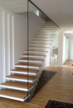 House Staircase, Staircase Railings, Modern Staircase, Staircase Ideas, Staircase Decoration, Open Stairs, Glass Stairs, Home Stairs Design, Interior Stairs