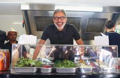Cosa ci fa Jeff Goldblum in un food truck australiano?