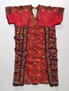 India, embroidered silk blouse, mid 20th, back view