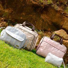 Desde 2008 a Pirulitando oferece coleções exclusivas de bolsas para bebês e malas de maternidade. Peças para o seu dia a dia que atendem suas necessidades com qualidade e bom gosto. Garanta já a sua: www.Dinda.com.br
