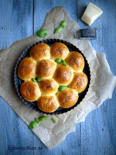 Pikantne bułeczki – Zjem to! Chorizo, Pretzel Bites, Pepperoni, Muffin, Food And Drink, Appetizers, Bread, Cooking, Breakfast