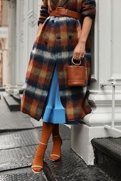 Fall forward fashion details // A belted plaid coat, accordion pleated dress, tights, and a bucket bag // Click through to see more fall outfits and layering tips on Atlantic-Pacific Nordstrom, Fashion Details, Love Fashion, Fashion Check, Fall Outfits, Fashion Outfits, Fashion Trends, Dope Outfits, Fall Inspiration