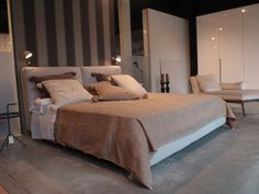 Our Arca bed, from Poliform...in #Aquaquae.