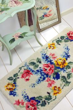 Vintage Home - Beautiful Roses and Delphiniums Rug www.vintage-home.co.uk
