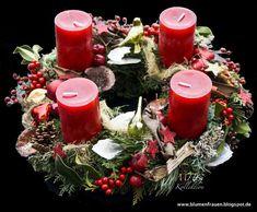 www.blumenfrauen-blogpot.de adventskränze advent whreats advent whreats #wreath #advent #rot #weiss #red #white #christmas #floristic #candles #weihnachtsschmuck #adventdecoration