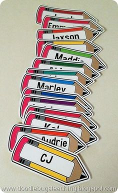pencil labels- back to school decorations – name tags – doodle bugs paper - TechUve Photos Preschool Name Tags, Preschool Cubbies, Classroom Name Tags, Classroom Labels, Classroom Displays, Kindergarten Name Tags, Name Tag For School, School Name Labels, Back To School Party