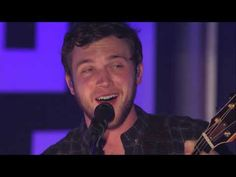 """Phillip Phillips Performs """"Home"""""""