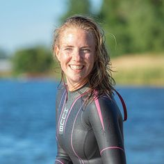 Triathlon Wetsuit, Female Armor, Womens Wetsuit, Best Swimwear, Second Skin, Snorkeling, Scuba Diving, Outfit Of The Day, Beachwear