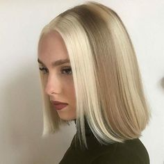 Hair Inspo, Hair Inspiration, Hair Color Streaks, White Hair Highlights, Blonde Streaks, Multicolored Hair, Grunge Look, 90s Grunge, Grunge Style