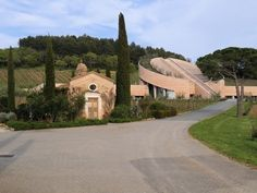 Etruscan Coast's Petra Vineyards Review – Come for the Architecture, Stay for the Wine | Splash Magazines | Los Angeles