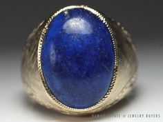 see more #vintagejewelry #estatejewelry #finejewelry on our website (link in bio)! #VINTAGE VERY HEAVY 19g #LARGE #LAPISLAZULI 14K YELLOW GOLD MEN'S RING (SZ 9)