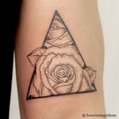 Woodblock roses in a triangle