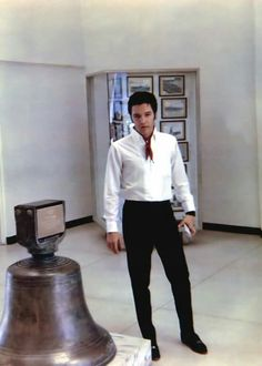 Elvis visits the U.S.S. Arizona Memorial at Pearl Harbor while on vacation in Hawaii, May 1968.
