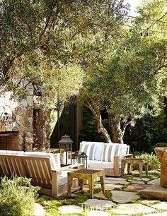 San Francisco-based interior designer, Hillary Thomas' country house in Napa Valley