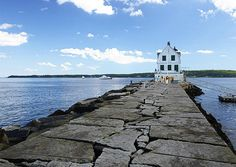 Breakwater Lighthouse in Rockland, Maine. (Courtesy rpjwalter/myBudgetTravel)