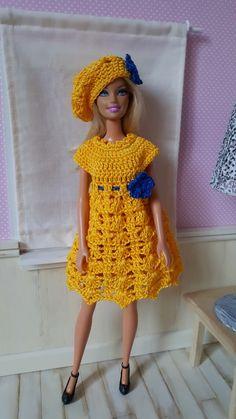 """Pour changer un peu de l'hiver, je vous propose aujourd'hui une tenue """"ensoleillée"""" pour Barbie La fiche..."""