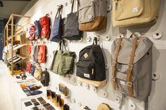 Capsule store by Prospace Design Studios, Melbourne – Australia Retail Interior, Office Interior Design, Exterior Design, Visual Merchandising, Retail Stories, Backpack Store, Retail Store Design, Outdoor Store, Visual Display