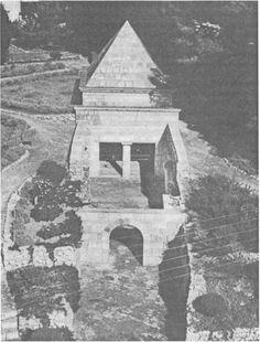 Общий вид гробницы Йасона http://www.sno.pro1.ru/lib/grushevoy_iudei_i_iudaizm/3.htm