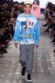 Sfilata Alexander Wang New York - Collezioni Primavera Estate 2017 - Vogue