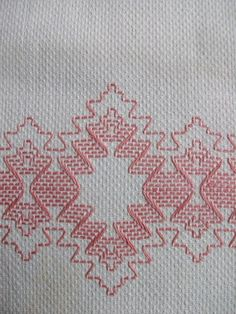 VINTAGE COTTON HUCK TOWEL ~ SWEDISH WEAVING EMB...