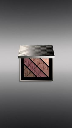 Complete Eye Palette - Plum Pink No.06 @Burberry