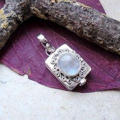 Mondstein, Gift - Anhänger mit Deckel, 925 Sterilng Silber in Uhren &…