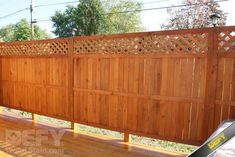Cedar fence stained with DEFY Extreme Wood Stain cedar tone - Modern Design Cedar Fence Stain, Exterior Wood Stain, Wood Siding, Outdoor Wood Furniture, Outdoor Decor, Outdoor Ideas, Best Deck Stain, Semi Transparent Stain, Cool Deck