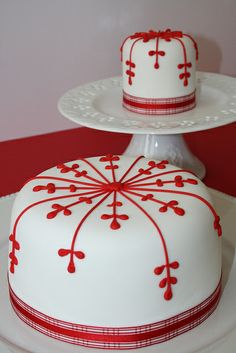 NATAL   Flickr - Photo Sharing! Xmas Cakes, Christmas Cakes, Christmas Tea, Christmas Sweets, Holiday Cakes, Fancy Cakes, Mini Cakes, Cupcake Cakes, Christmas Cake Decorations