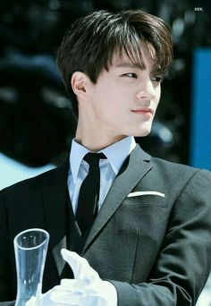 "♬ 이 제노 ♬ [ ON GOING ] ""Anjir, cobaan apa lagi ini?"" -- Son Y/n s… # Fiksi remaja # amreading # books # wattpad Nct 127, Jeno Nct, Nct Debut, Ntc Dream, Jung Jaehyun, Na Jaemin, My Guy, Boyfriend Material, Rapper"