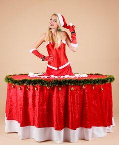 Zivy stol Vianocna lady #zivystol #zivestoly #zimnakralovna #stol #modrystol #party #partystol #partystoly #vianoce #vianocnadekoracia #xmas #decoration #christmas #vecierok