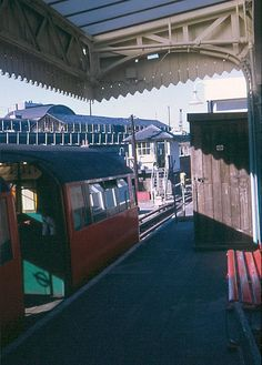 Drayton Park station in 1971 when the Highbury branch (Drayton Park to Moorgate) was part of the Northern Line and London Underground services operated from this station | Flickr - Photo Sharing!