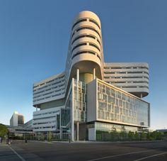 Категория «Медицина». Новый корпус госпиталя при медицинском центре университета Раша (США). Работа бюро Perkins+Will
