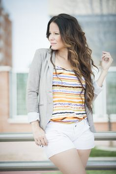 TOP DE RAYAS #Style #Streetstyle #Fashionista #Blogger #StyleBlog #Clothing #Lookbook #WomensFashion #FBloggers #Blogging #StyleBlogger #Clothes #rayas #girl #top #Tacones # short #nude #blazer