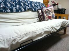 Life Hack Slip A Board 2x4 Into Futon Cover To Prevent Mattress From Slouching