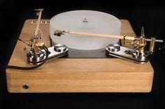 Jakutis Wooden Turntable - Oak