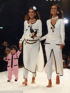 Yasmine Le Bon, Gail Elliot & Amber Le Bon on her first catwalk (in pink) for CHANEL. 1991
