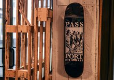 PASS PORT - LIFE IN BARS