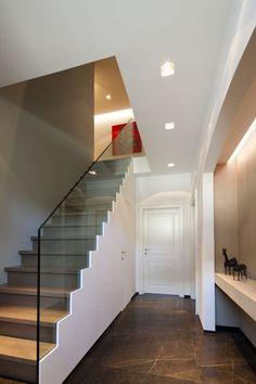 Trappen Demunster - Moderne trappen - Hoog ■ Exclusieve woon- en tuin inspiratie.