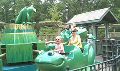 kiddo ride at silver dollar city Silver Dollar City, Craft Shop, Back In Time, Frogs, Fun Crafts, Vacations, Boats, Travel Destinations, Backdrops