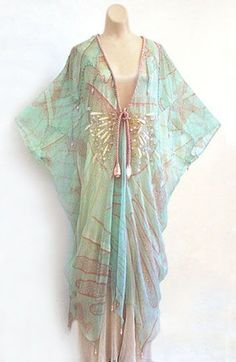 Vintage Costumes Zandra Rhoes chiffon caftan from the collection of the actress Irene Worth, From the Vintage Textile archives. by lupe Boho Fashion, Fashion Dresses, Vintage Fashion, Womens Fashion, Punk Fashion, Lolita Fashion, Fashion Clothes, Vintage Costumes, Vintage Outfits
