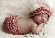Ravelry: Rows of Ruffles Hat and Diaper Cover pattern by Bonnie Potter