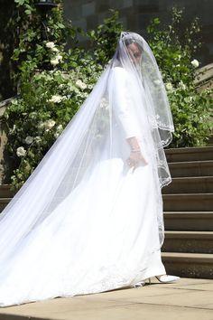 Royal Wedding Gowns, Royal Weddings, Wedding Veil, Wedding Dresses, Harry And Meghan Wedding, Prince Harry And Megan, Givenchy, Kate And Meghan, Princess Meghan