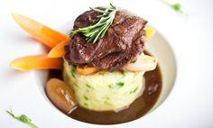 Kitchenette — Telecí líčka na bílém víně Kitchenette, Vines, Beef, Cooking, Food Ideas, Meat, Kitchen, Kitchenettes, Ox