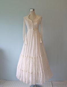 Gunne Sax Ivory White Victorian Wedding Dress Vintage Lace Renaissance Corset Ties