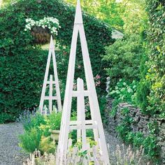 19 Beautiful Backyard Building Projects